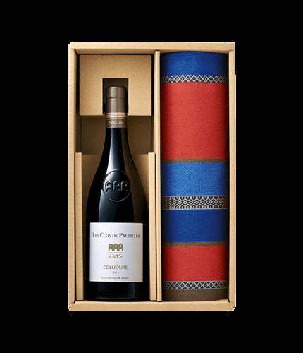 海のワインのテーブルセット